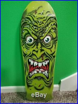Santa Cruz skateboard Deck Rob Roskopp 9.5 in x 31 in green face