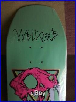 Welcome Skateboards Saber Tooth Skull (Santa Cruz Powell Peralta Zorlac Hawk)