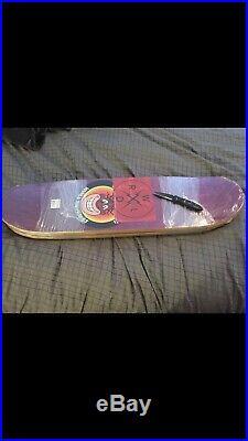 World Industries Jovontae Turner Skateboard Deck Powell Santa Cruz Sims Think No